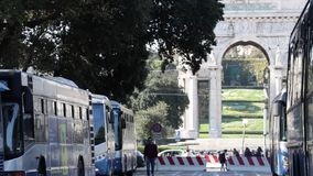 T?rmino de autobuses de G?nova almacen de metraje de vídeo
