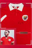 T-shirt with authentic autograph Eusebio Royalty Free Stock Photography