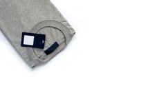T-shirt cinzento no fundo branco Imagem de Stock