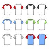 T-shirt coloridos ajustados no fundo branco Vetor Imagens de Stock