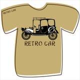 T-shirt com um carro retro no branco Imagem de Stock Royalty Free