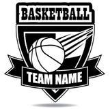 T-shirt das insígnias do emblema do basquetebol Imagens de Stock Royalty Free