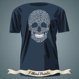 T-shirtontwerp met abstracte schedel dat van mehndipatroon wordt gemaakt Stock Fotografie