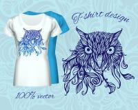 T-shirtontwerp met hoofd van uil Stock Foto's