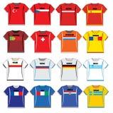 T-shirts met Europese vlaggen stock illustratie