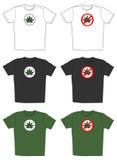 T-shirts met het embleem van het cannabisblad Stock Foto