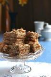 T-Stück Zeit mit Kuchen Stockfotografie