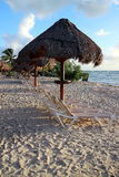 Tôt à la plage Photo stock