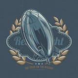 T-tröjaetikettdesign med illustrationen av flygluftskeppet Royaltyfri Bild