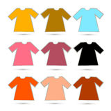 T-tröjauppsättning i Retro färger som isoleras på vit bakgrund vektor illustrationer