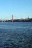 25ta April Bridge, Lisboa, Portugal Imágenes de archivo libres de regalías