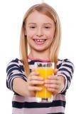 Ta en fruktsaft! arkivbild