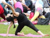 Ta en yogagrupp i New York City Royaltyfria Foton