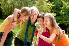 ta för flickvänbild Fotografering för Bildbyråer