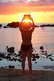 Ta för solnedgångbild Fotografering för Bildbyråer