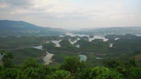 Ta Nawozi jezioro w lato wyspy popołudniowym małym raju zdjęcie wideo