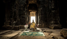 Ta Prohm buddhism offer Royalty Free Stock Photography