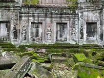 Ta Prohm (Rajavihara), en tempel på Angkor, landskap, Cambodja Arkivbild