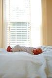 ta sig en tupplur nyfödd tid Royaltyfri Foto