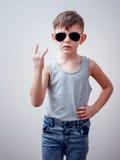Taai kind die symbolen met hand maken royalty-vrije stock foto's
