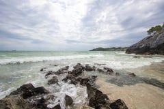 Taam Pang Beach, der einzige wirkliche Strand auf Koh Sichang, Chonburi, Thailand Stockfoto