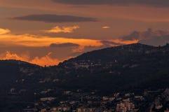 TAatete de Chien Dog在日落的` s头,在摩纳哥的La Turbie和公国附近 免版税库存图片