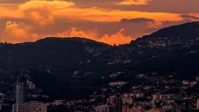 TAatete de Chien Dog在日落的` s头,在摩纳哥的La Turbie和公国附近 免版税库存照片