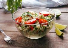 Tabbouleh med couscous och persilja Arkivfoton