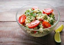 Tabbouleh med couscous och persilja Arkivbild