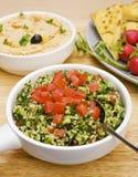 Tabbouleh mit Hummus lizenzfreies stockfoto