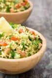 Tabbouleh sallad med couscous och grönsaker Royaltyfri Foto