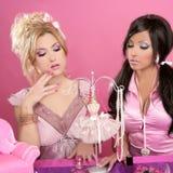 Tabela cor-de-rosa da vaidade das meninas da boneca de Barbie Fotografia de Stock