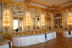 Tabela de banquete no dining-hall Imagens de Stock