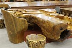 Tabela de chá de madeira imagem de stock