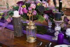 Tabela de jantar da decoração Imagens de Stock Royalty Free