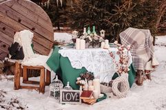 Tabela do casamento do inverno fotos de stock