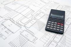 Tabela do coordenador com diagramas esquemáticos e calculadora imagens de stock royalty free