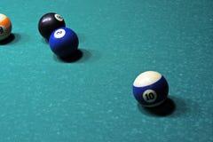 Tabela e bolas de bilhar Imagem de Stock