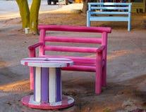 Tabela e cadeira Fotos de Stock Royalty Free