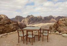 Tabela e cadeiras Foto de Stock Royalty Free