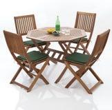 Tabela e cadeiras do jardim Imagens de Stock Royalty Free