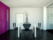Tabela grande do design de interiores moderno da sala de jantar atrás dos glas Imagens de Stock