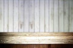 Tabela velha com fundo de madeira velho Foto de Stock