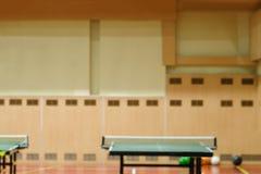 Tabelas do tênis no gym Imagens de Stock