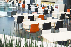 Tabelas e cadeiras Imagem de Stock Royalty Free