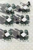 Tabelas e cadeiras Imagens de Stock