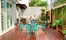 Tabelas verdes e cadeira Fotografia de Stock