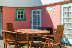 tabele drewnianą krzesło Zdjęcia Stock