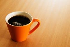 tabell för kaffekopp Royaltyfria Foton