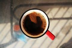 tabell för kaffekopp royaltyfri bild